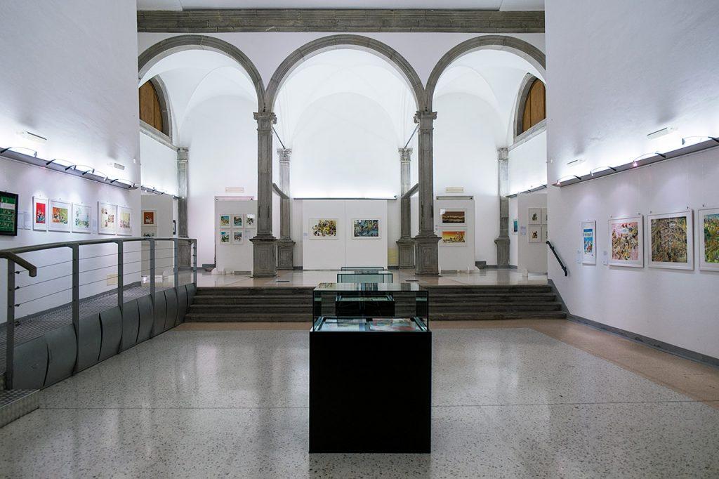 Allestimento mostra di Tony Wolf a Cividale del Friuli